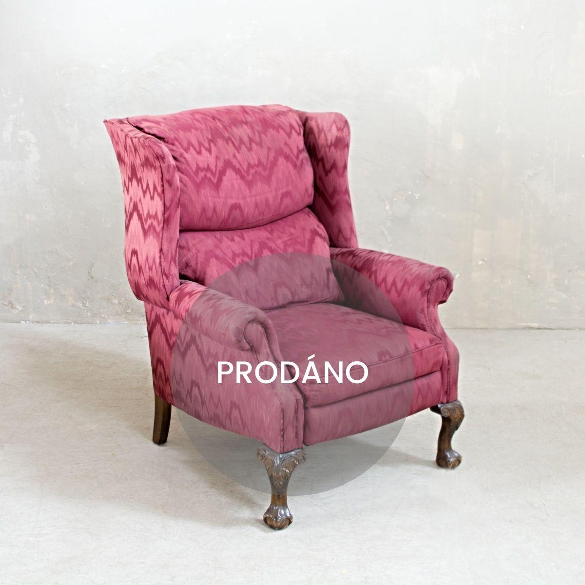 Prodej renovovaného nábytku Praha pohodlné křeslo