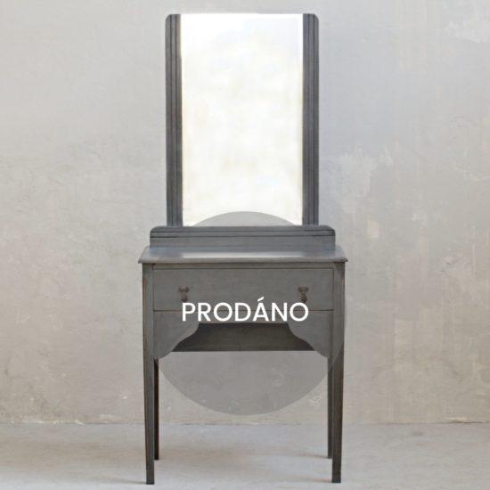 Provence toaletní stolek prodáno