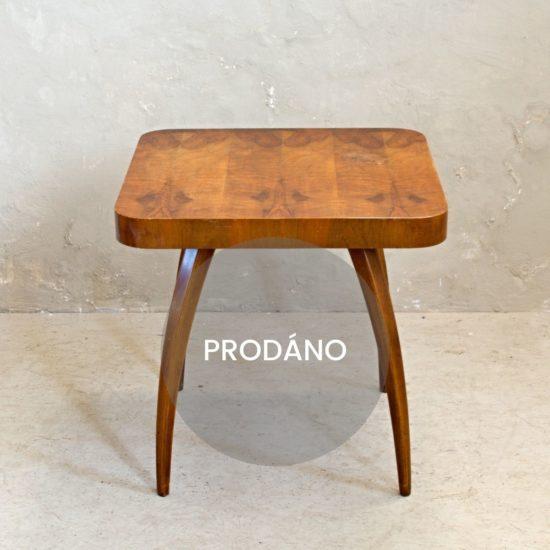 Renovace dřevěného nábytku Praha stolek