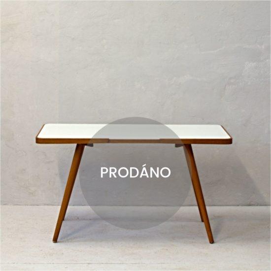 Konferenční stolek Jiroutek prodáno