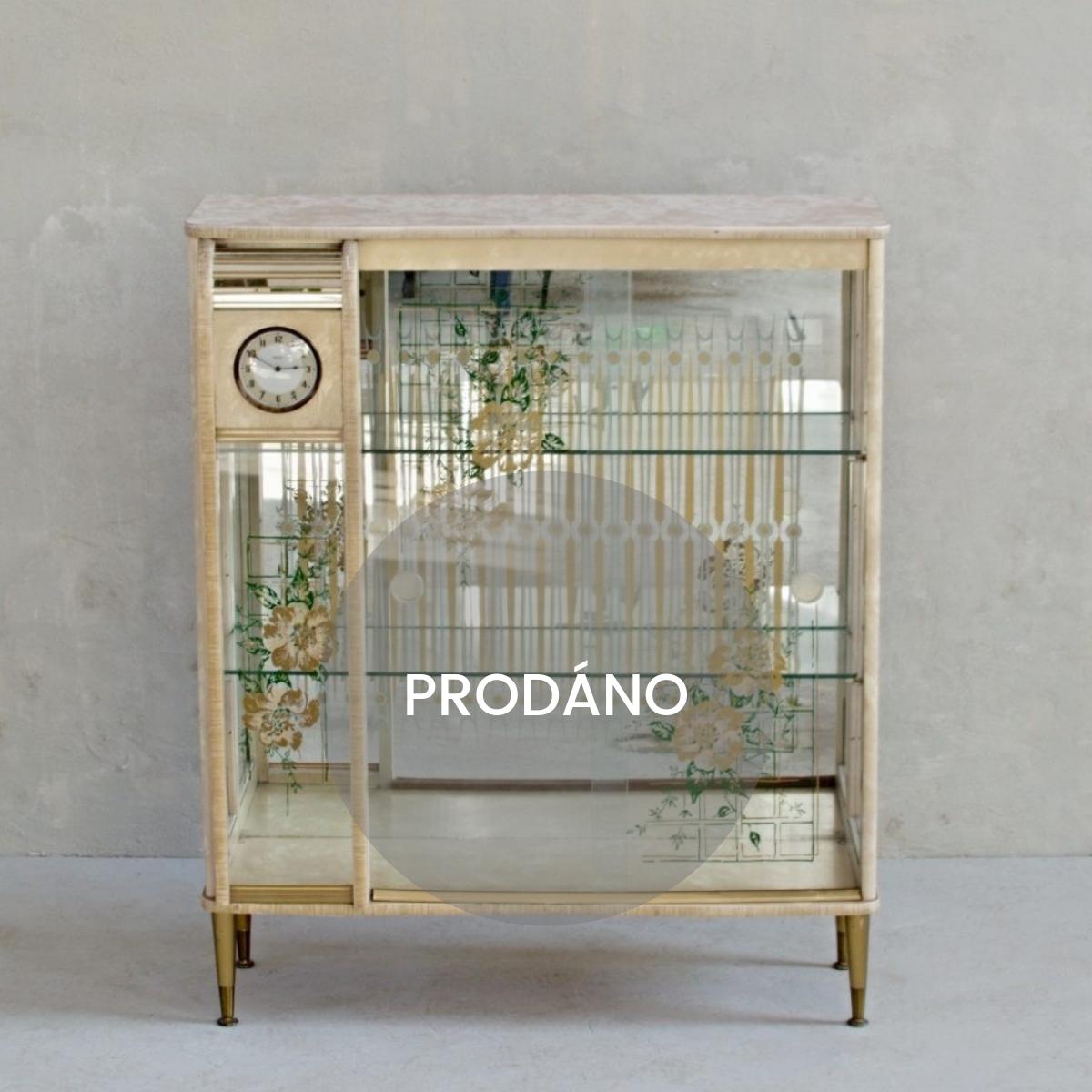 Anglický skleník s hodinami Smiths Prodáno