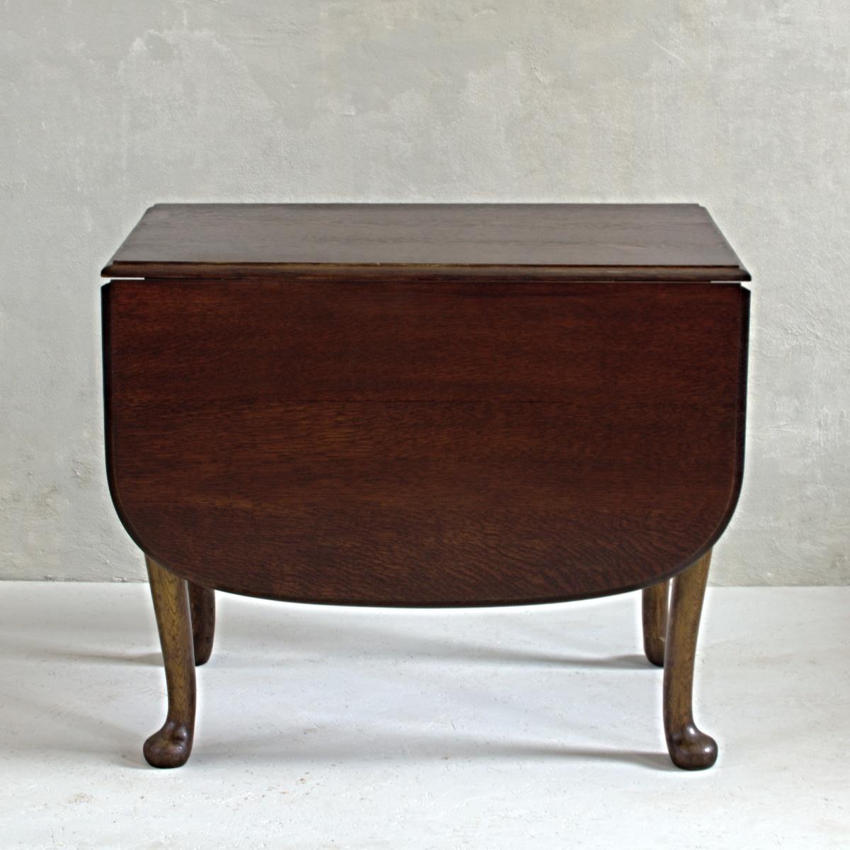 Stůl královna Anna se 4 židlemi 4