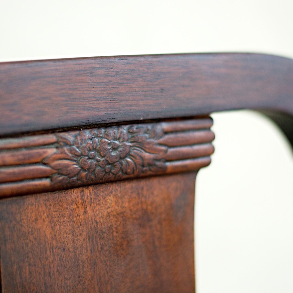 Stůl královna Anna se 4 židlemi 8