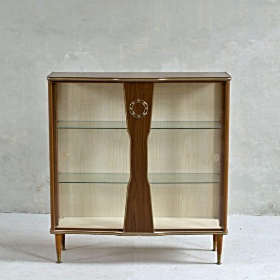 Anglický skleník od Denmor Furniture CO., Ltd. z Londýna. Půvabný solitér v původním stavu.