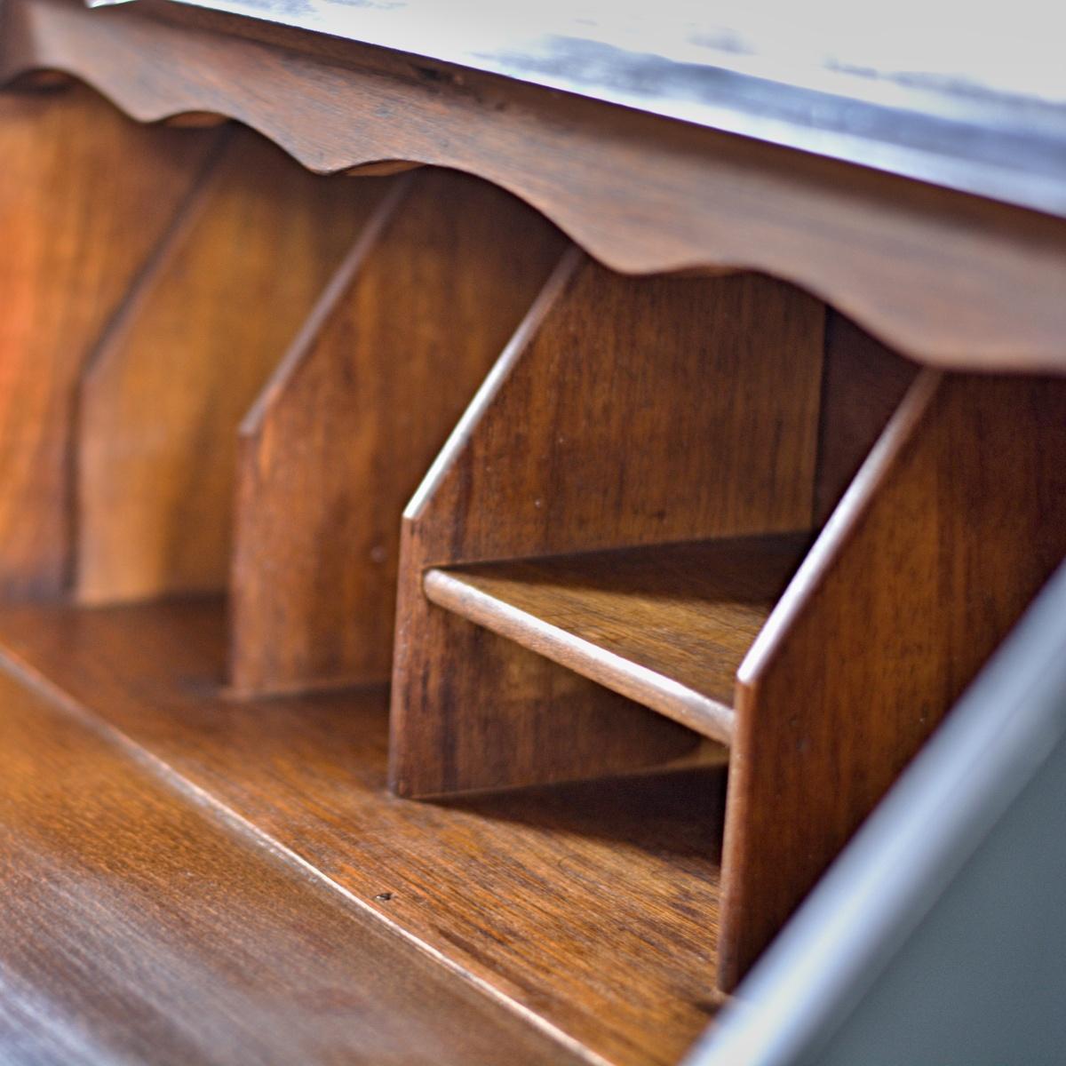 Anglické bureau - psací stůl černý