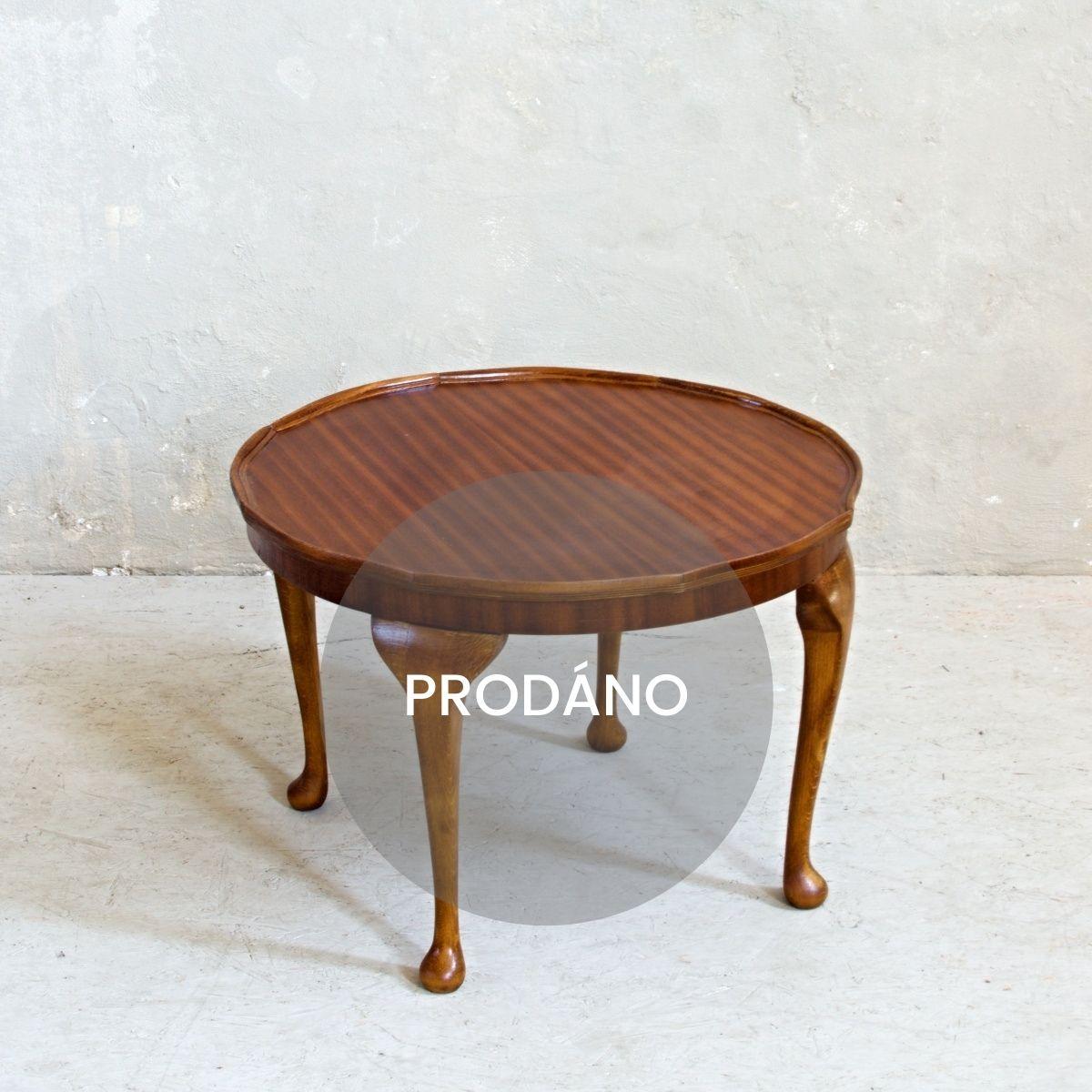 Prodej Vintage nábytku Praha stolek