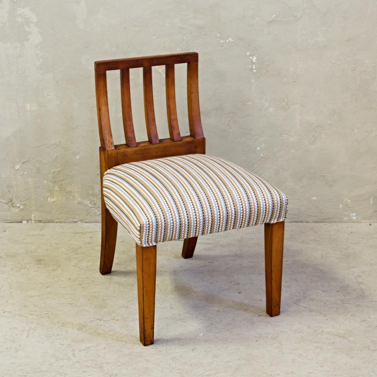Vintage předsíňová stolička po celkové renovaci