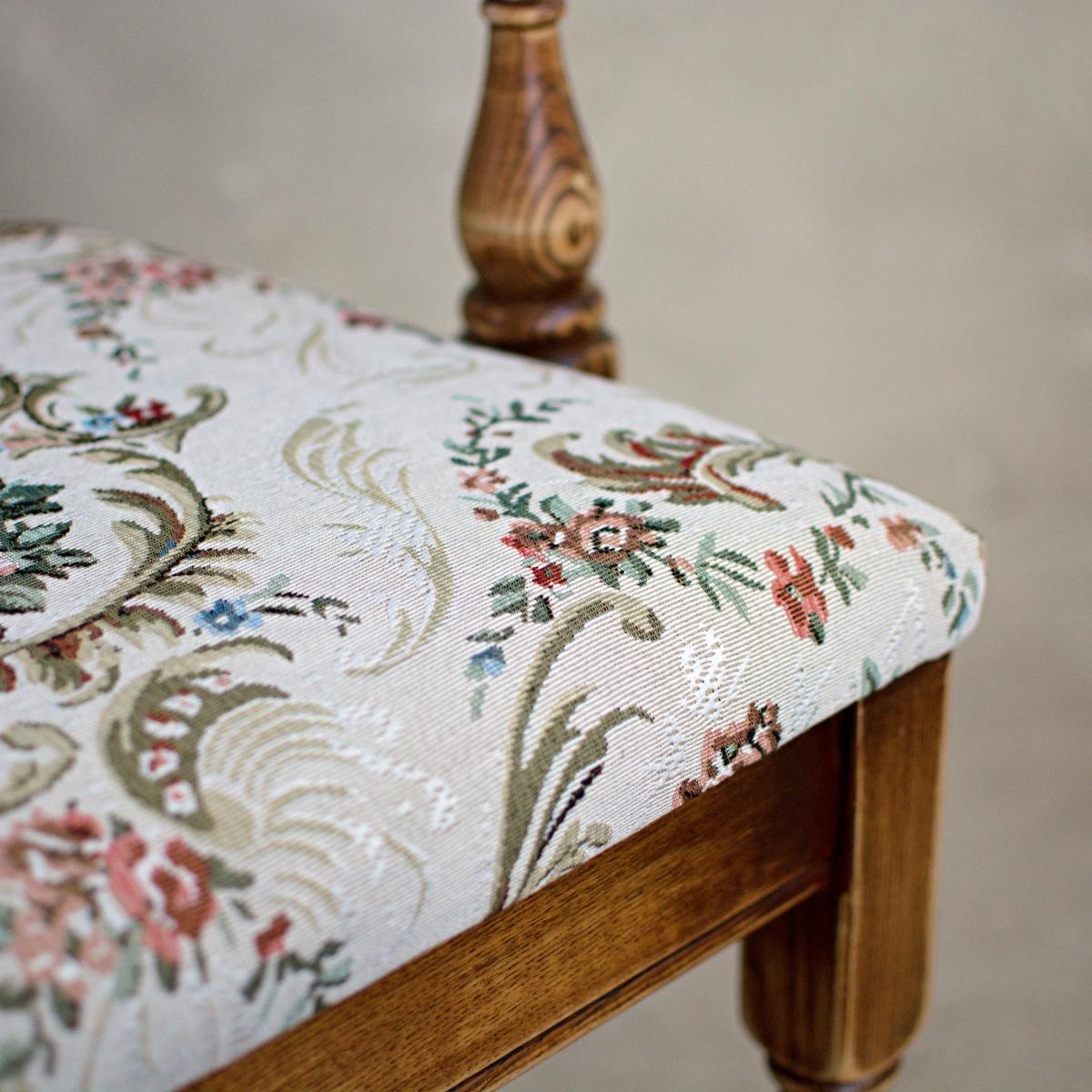 Prodej renovovaného nábytku Praha vintage židle