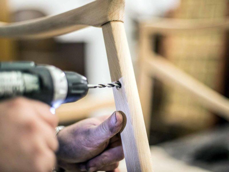 renovace područky dřevěného křřesla dílna oživeno