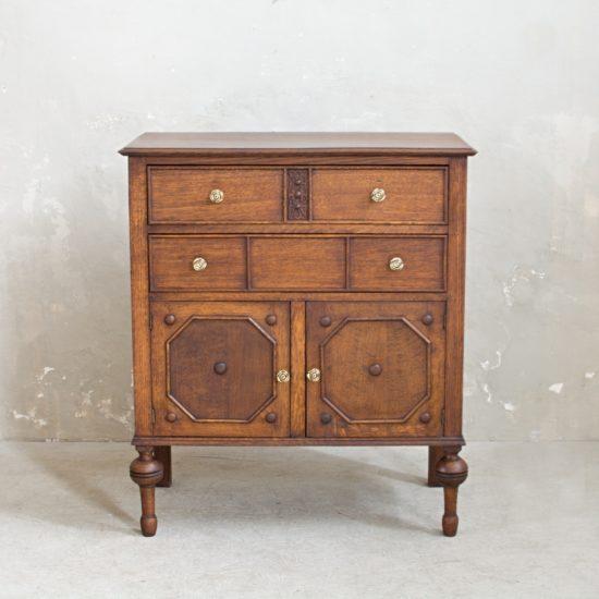 Prodej dřevěného nábytku Anglický příborník