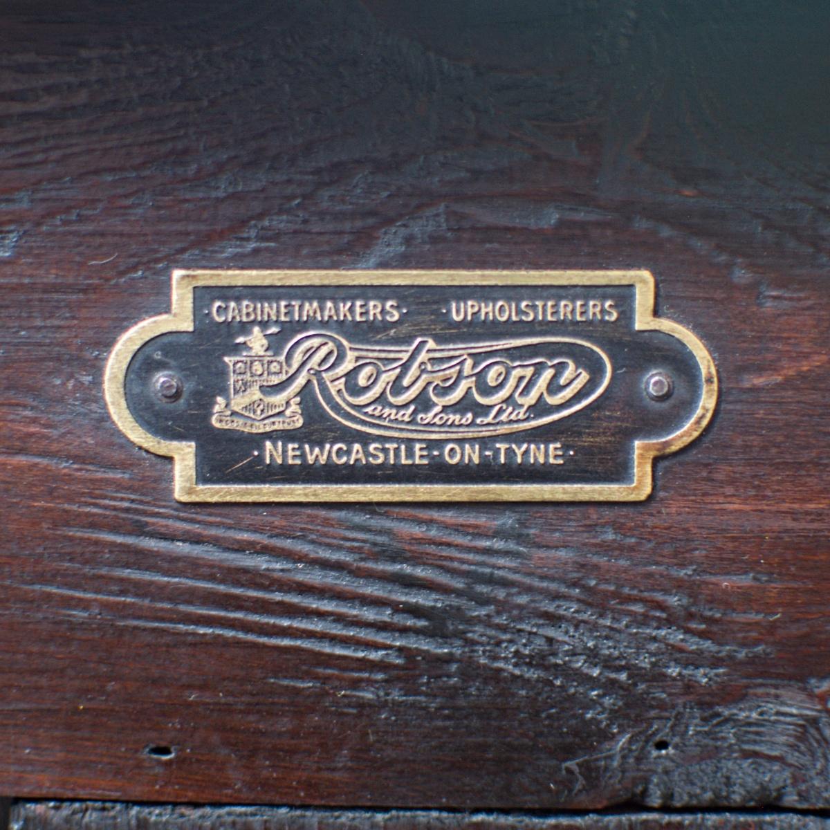 Prodej anglického vintage nábytku Praha Anglický příborník