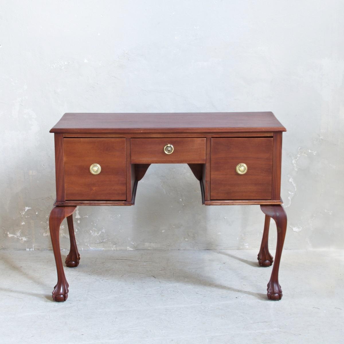 Prodej Anglického nábytku Vintage odkládací stolek