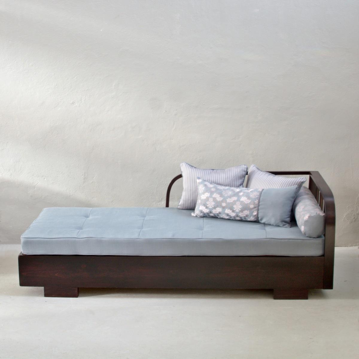 Prodej retro nábytku retro pohovka