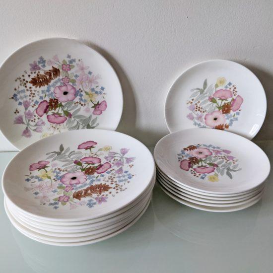 Anglické porcelánové talíře Wedgwood