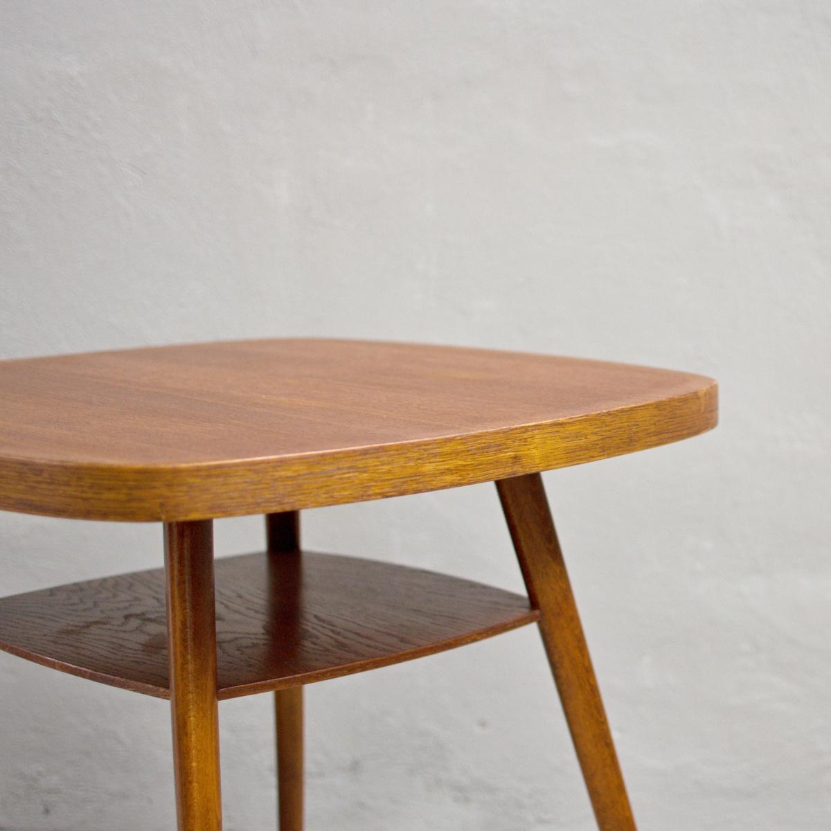 Prodej retro nábytku konferenční stolek