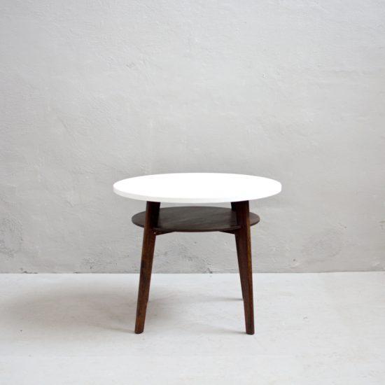 Renovace retro nábytku retro stolek