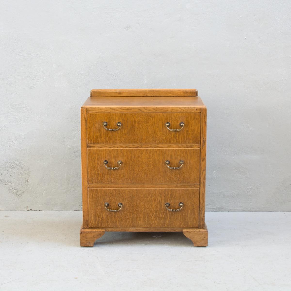 Prodej anglického nábytku anglická dubová komoda