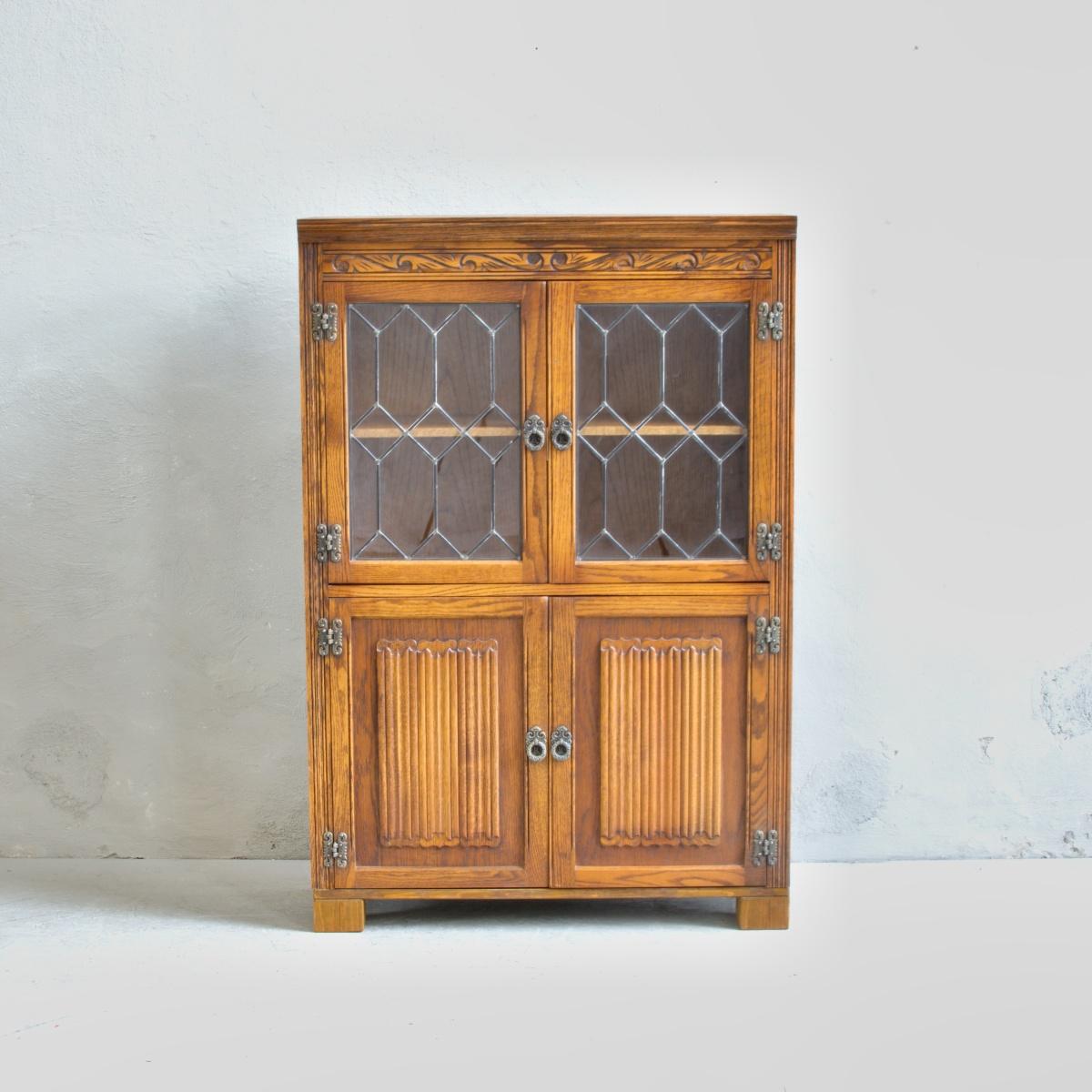 Prodej anglického nábytku anglický příborník